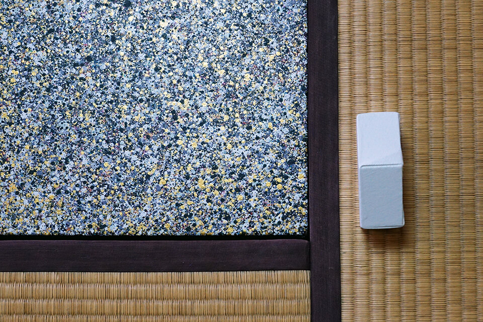 「学園前アートウィーク2015~イマ・ココ・カラ」<br /> 淺沼記念館/奈良<br /> <br /> 「uchiuchi-カオスモスペインティング」<br /> 2015<br /> 80×100×30mm<br /> acrylic on canvas original panel