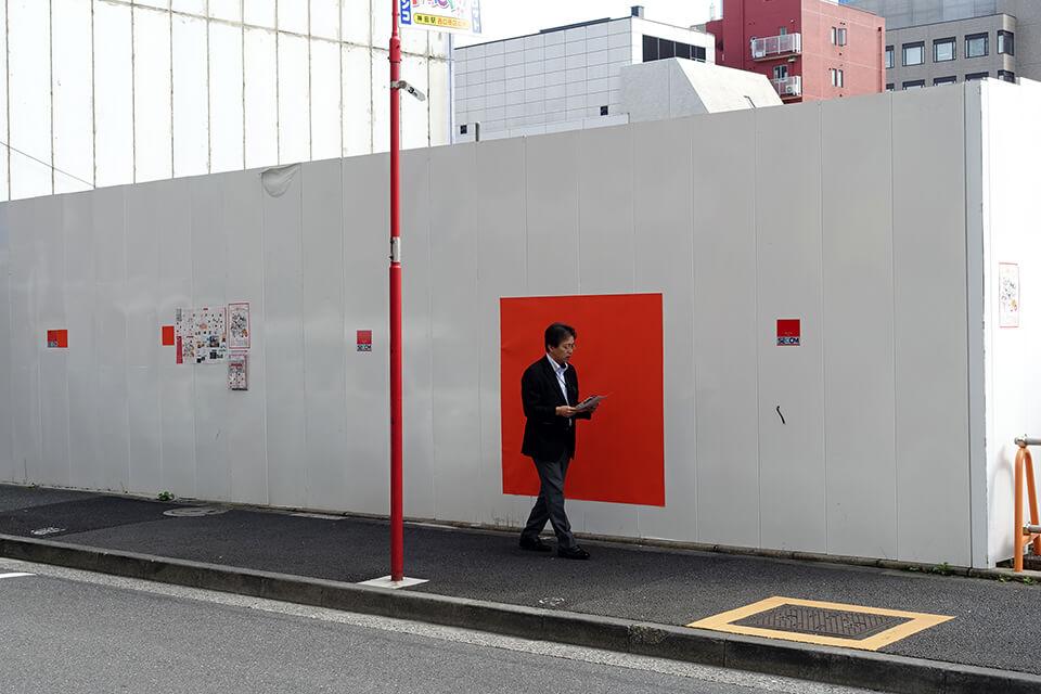 「トランス・アーツ・トーキョー」<br /> 神田五十・十八通り、各所/東京<br /> 2015<br /> 15×15cm~210×210cm<br /> acrylic on watercolor paper<br /> acrylic on canvas
