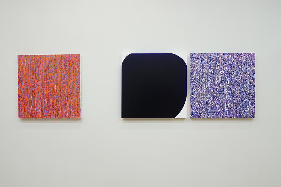 「WM-W」<br /> 2016-17<br /> 60.6×60.6×4.5cm<br /> acrylic on canvas