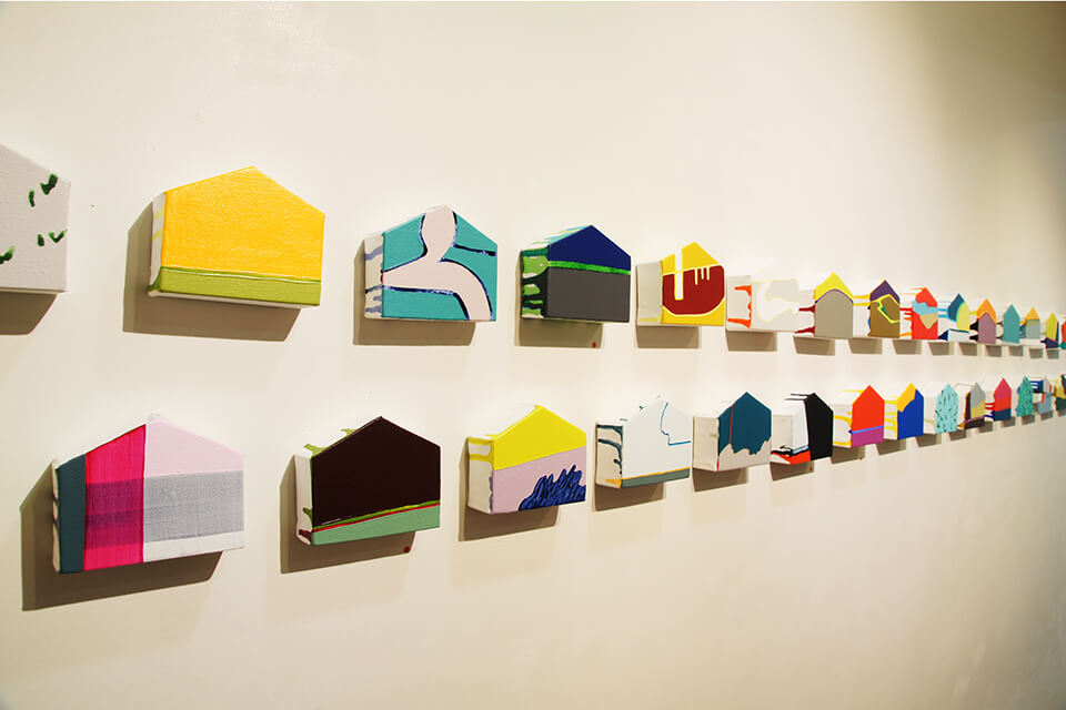 「uchiuchi」<br /> 2011<br /> 8×10×3.5cm<br /> acrylic on canvas,original panel