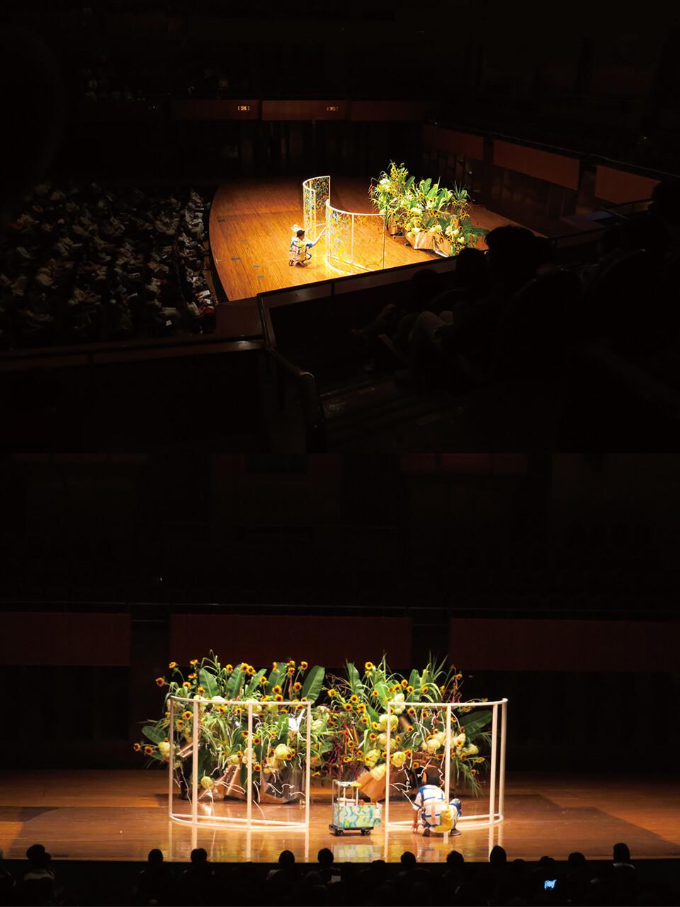 未生流いけばなデモンストレーション「もう一度いけばな」<br /> 2015<br /> お花とコラボレーション・ライブペインティング<br /> 大阪ザ・シンフォニーホール<br /> 主催:(一般財団法人)未生流會館