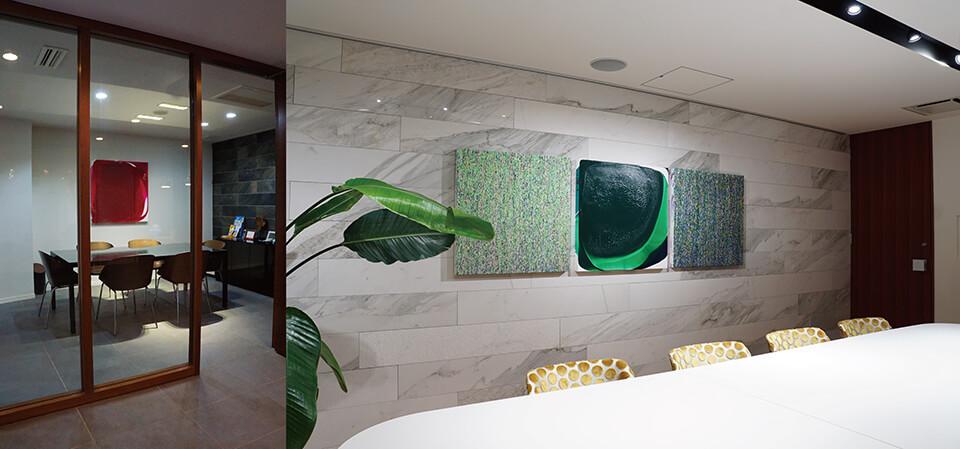 [Commission art work]<br /> (株)ラビーズホーム 応接室3部屋<br /> 設置:2017~2018<br /> <br /> 「WM」「luminous dropping」<br /> 作品制作:2017~2018<br /> 大阪